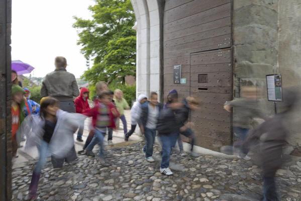 A l'assaut du château, atelier avec classe de CP de l'école Carnot d'Annecy