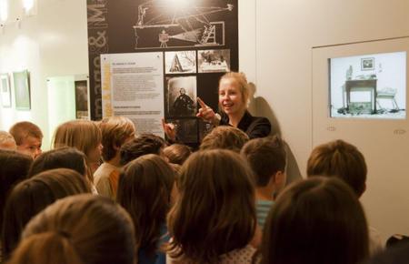 Une entrée au pays des illusions CITIA exposition, atelier avec classe de CM1 de l'école primaire de La Roche sur Foron